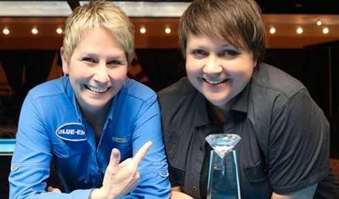 Helena Thörnfeldt, till höger, blev invald i biljardens Hall of Fame 2017.