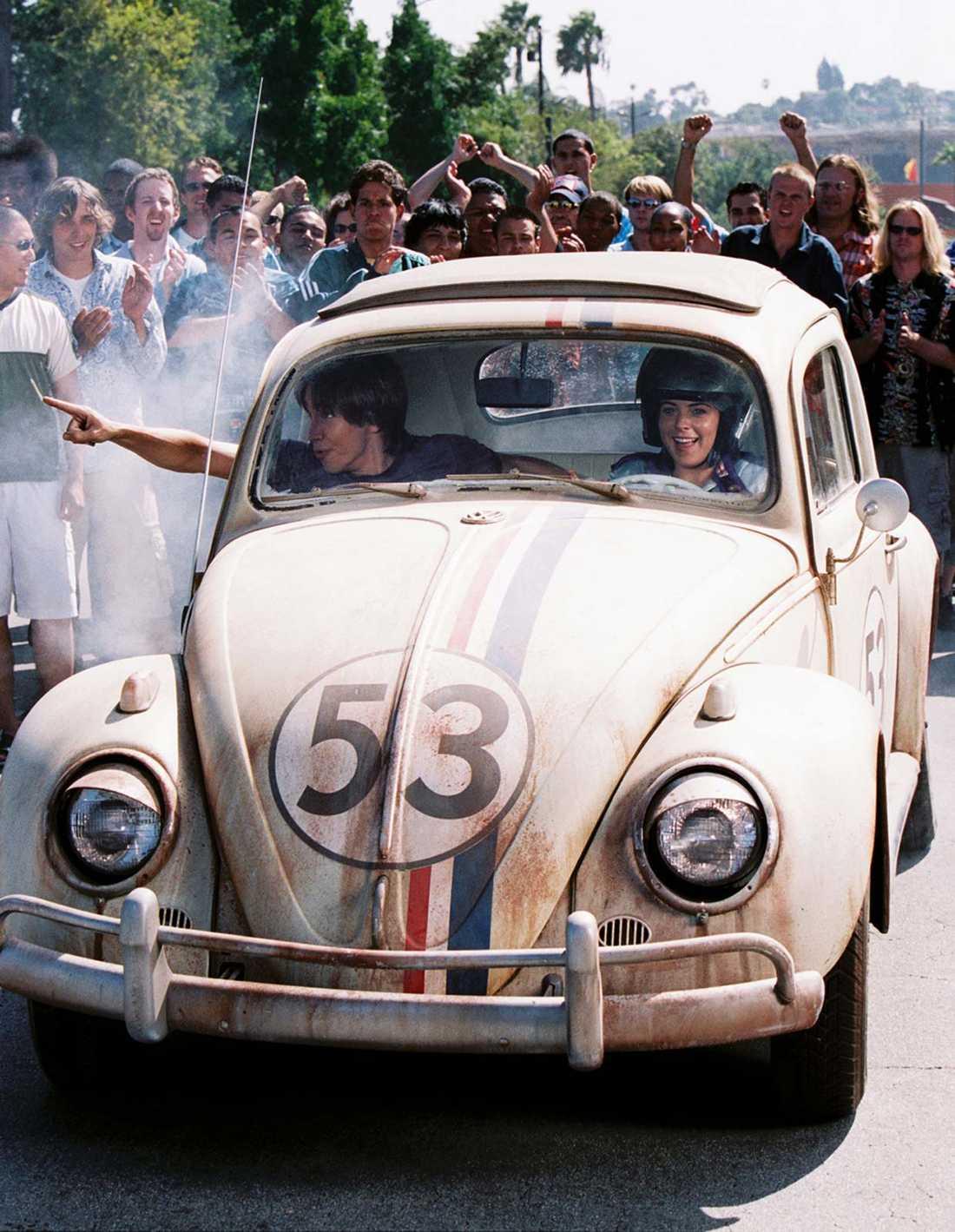 """Världens mest kända """"Bubbla""""? Tävlingsbilen """"Herbie"""" gjorde debut på vita duken redan 1969. Här syns bilen i den senaste filmen från 2005 med Lindsey Lohan i huvudrollen."""