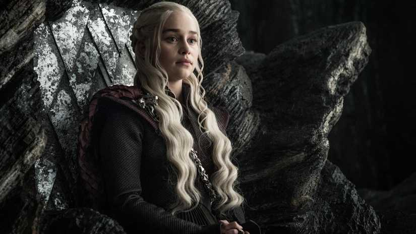 "Emilia Clarke som Daenerys Targaryen i ""Game of thrones""."