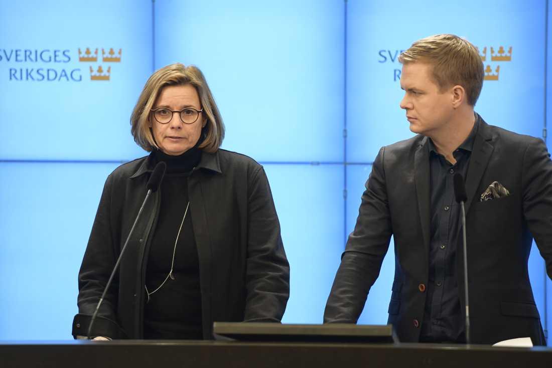 Isabella Lövin och Gustav Fridolin (MP:)