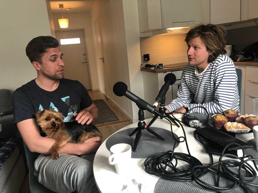 """Julian McClaren i samtal med Matteus Lilieborg i senaste avsnittet av podcasten """"Hovavtryck med Matteus""""."""