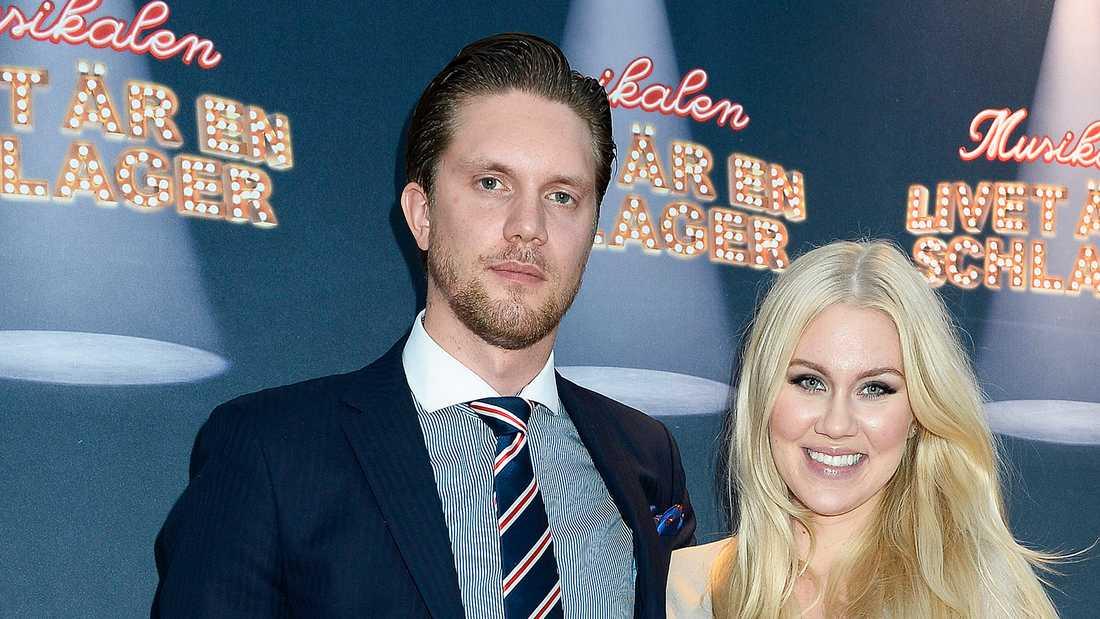 Isabella Löwengrip och maken Odd Spångberg ska skiljas.