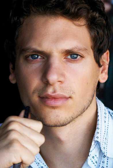 Raoul Martinez, brittisk filosof och filmare.