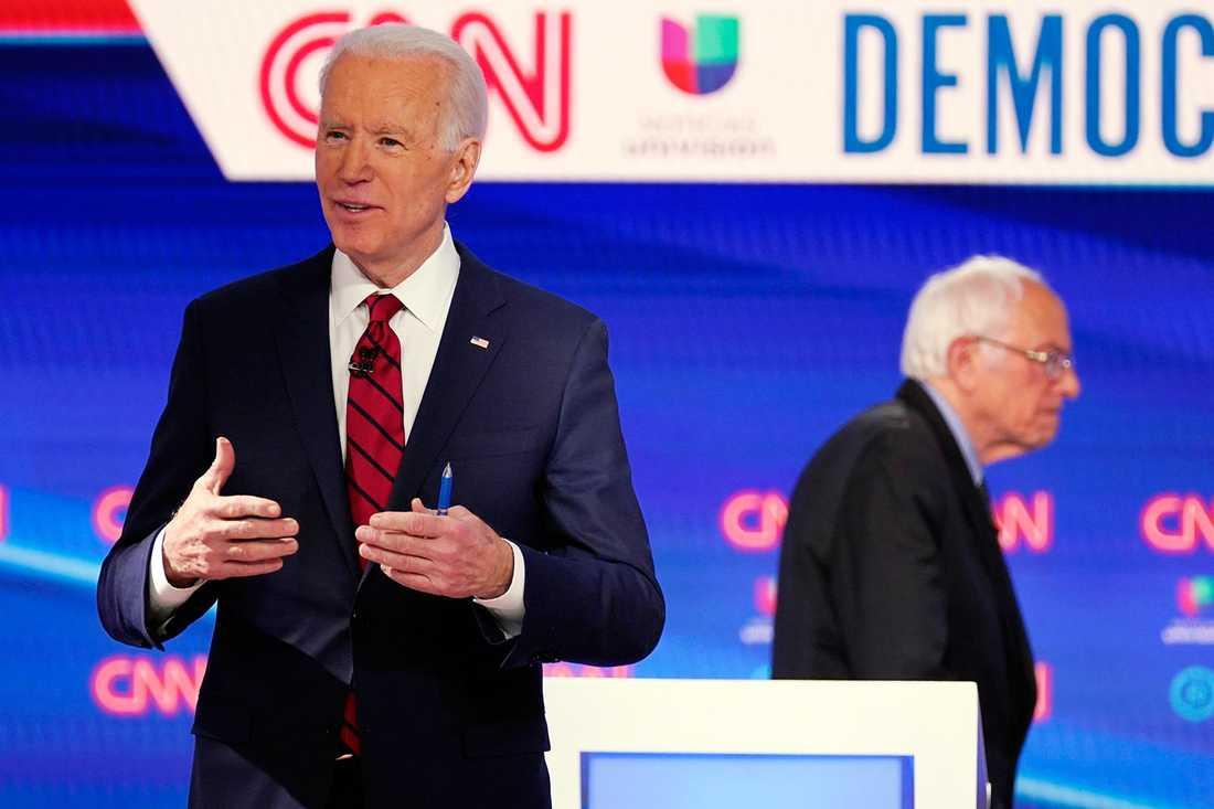Demokratiska presidentkandidaterna Joe Biden och Bernie Sanders debatterade den 15 mars.
