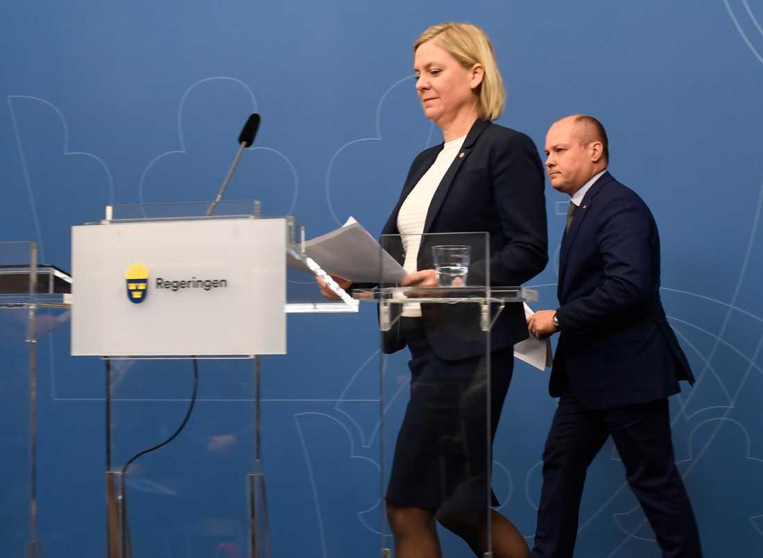 Finansminister Magdalena Andersson (S) och justitie- och inrikesminister Morgan Johansson (S) presenterar regeringens fortsatta satsning på Polismyndigheten.