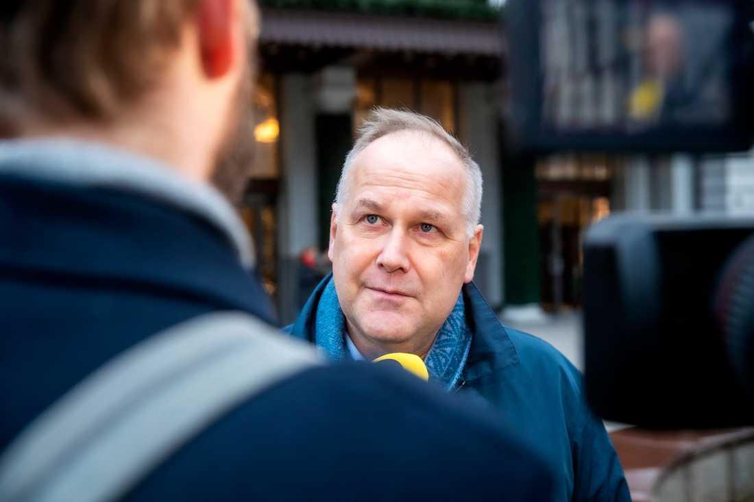 """""""Det blir obegripligt för folk"""", säger Jonas Sjöstedt."""