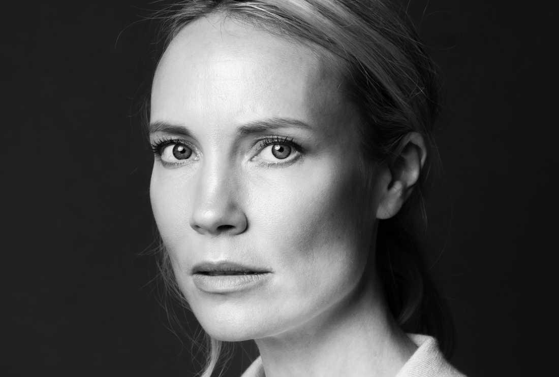 """Skådespelaren och regissören Moa Gammel Ginsburg (f 1980) romandebuterar med en fri tolkning av Hjalmar Söderbergs pjäs """"Gertrud""""."""