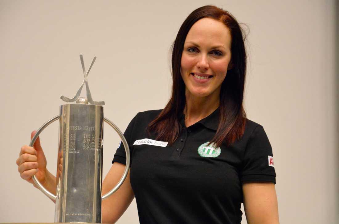 Malin Hedfors kan bli svensk mästare med sitt VSK på lördag.