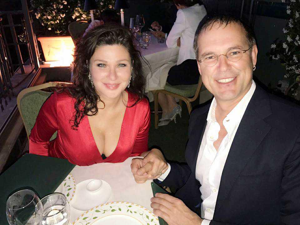Dominika Peczynski, Pr-konsult, och sambo Anders Borg, politiker (M) Sverige, när de förlovade sig i Rom.