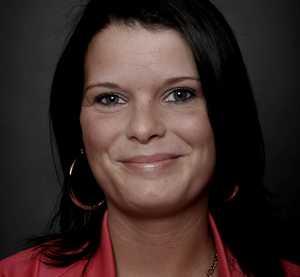 """I stadsdelen Nyfors är närmare 20 procent av invånarna arbetslösa. """"Det ser inte så ljust ut just nu"""", säger Pernilla Åström."""