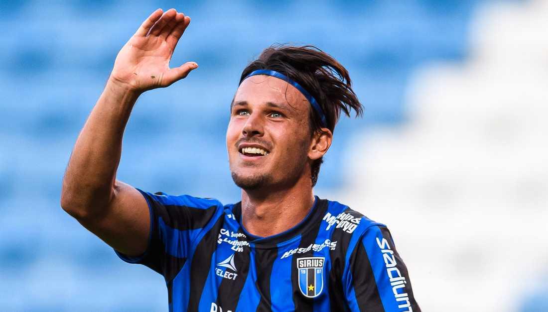 Stefano Vecchia lämnar Sirirus. Mittfältaren är klar för Rosenborg.