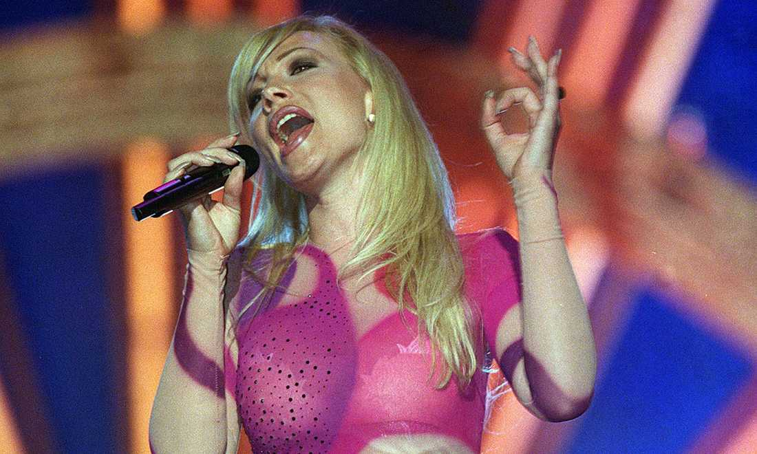 "1999 vann Charlotte Nilsson (Perrelli) i Israel med ""Take me to your Heaven""."