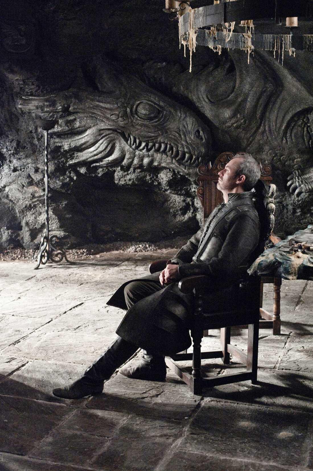 Tänker på drakar.