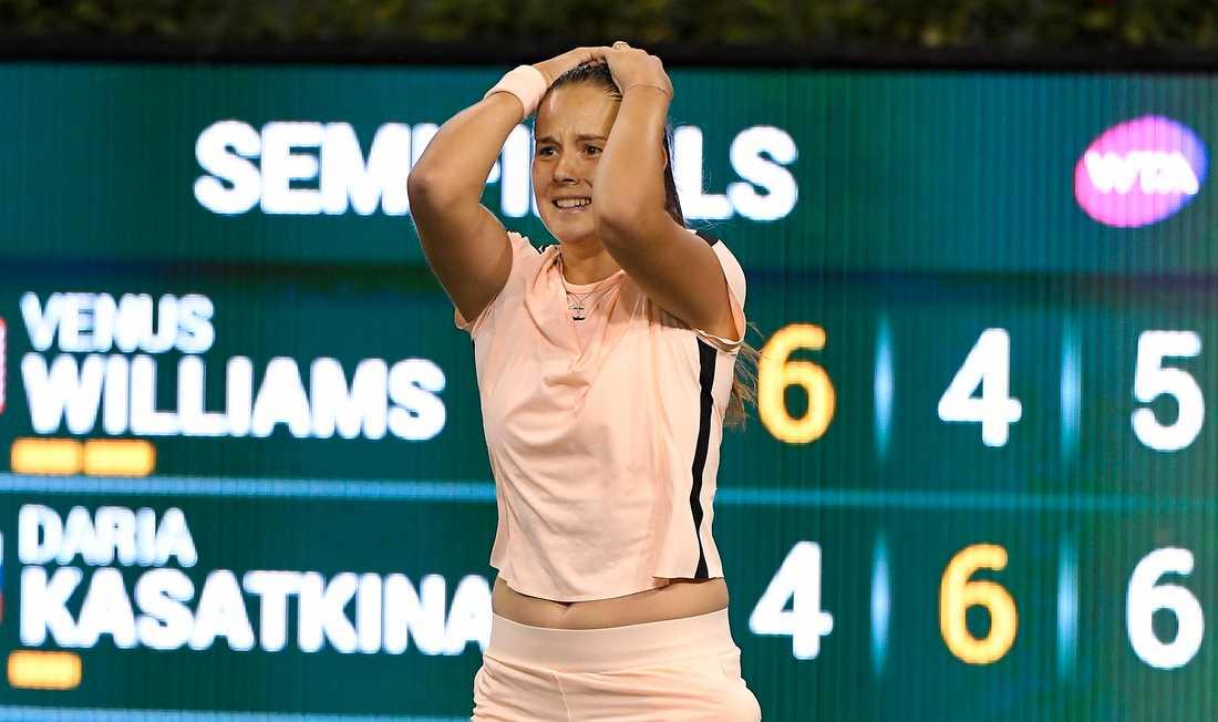 Darija Kasatkina kan inte tro att det är sant att hon slagit Venus Williams.