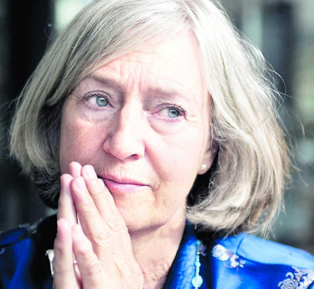 Inga-Britt Ahlenius Före detta generaldirektör för Riksrevisionsverket (1993-2003) och chef för FN:s interna revision (2005-2010) Har ganskat utredning av mordet på Olof Palme.