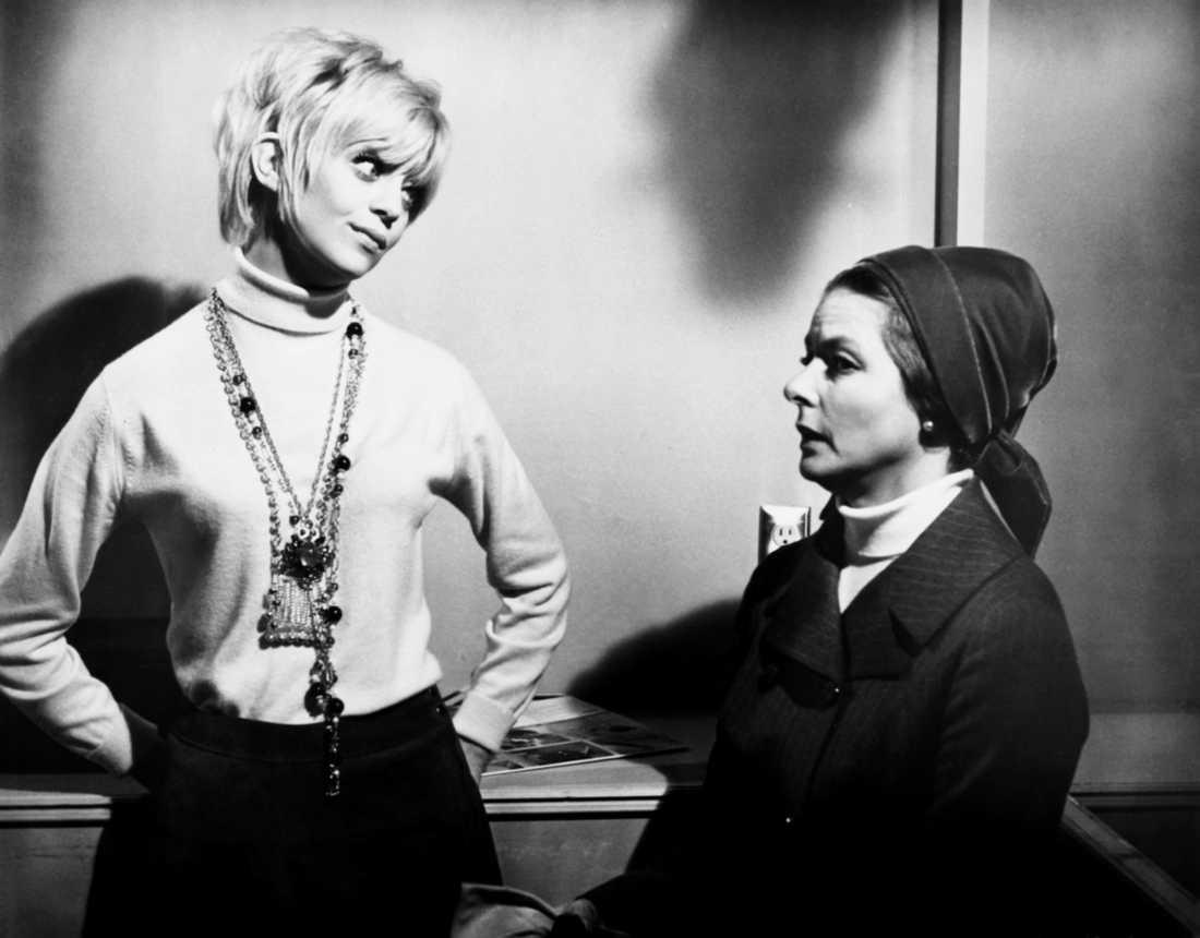 """Goldie Hawn fick en Oscar för """"Kaktusblomman"""" 1969. Här med motspelaren Ingrid Bergman."""