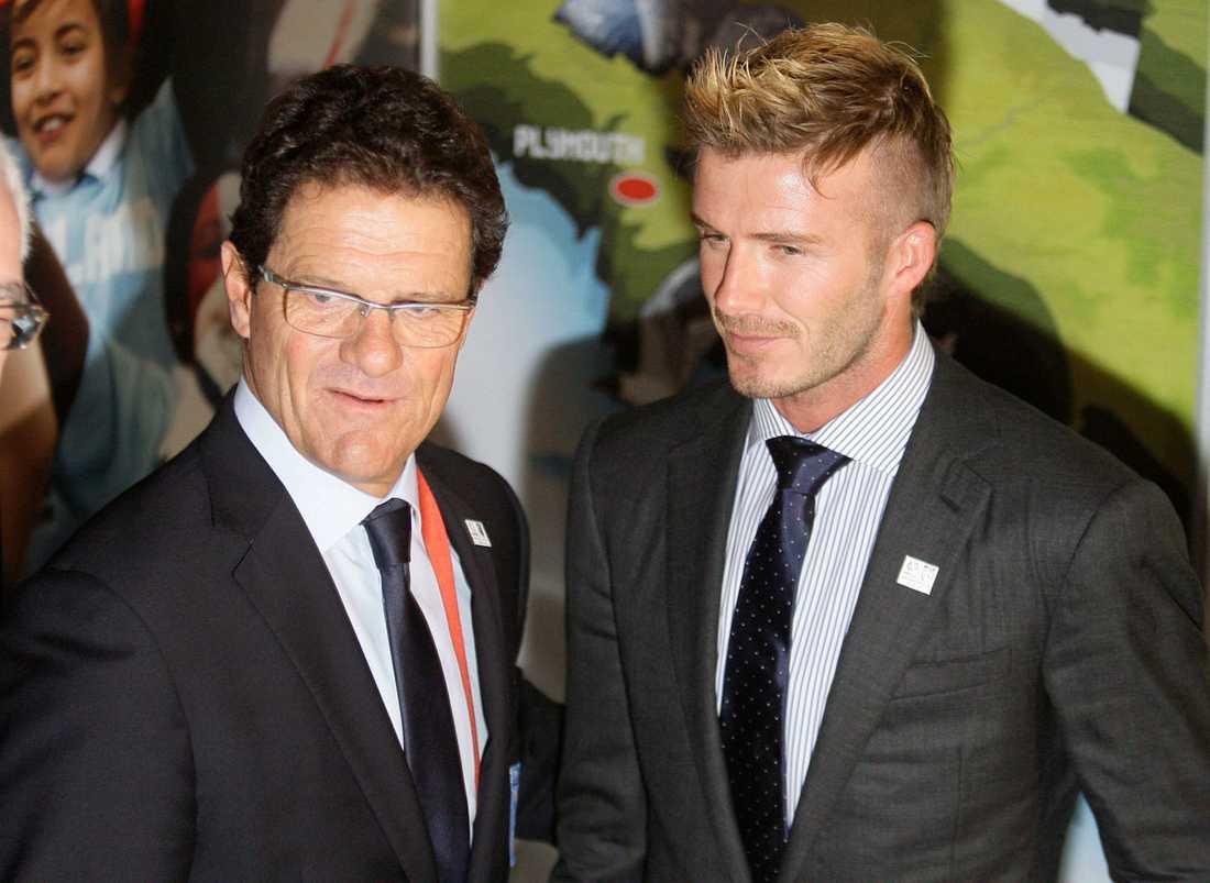 Fabio Capello och Beckham i samspråk i december 2009.
