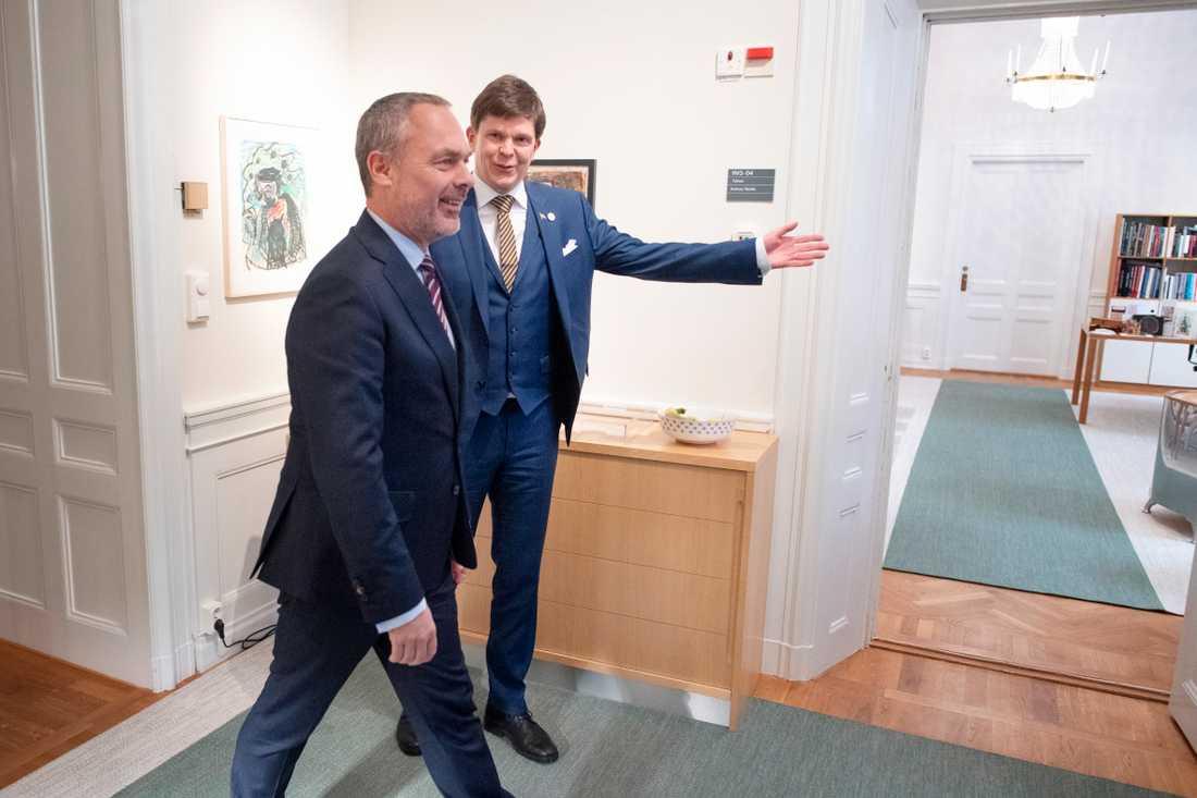 Jan Björklund möter talmannen