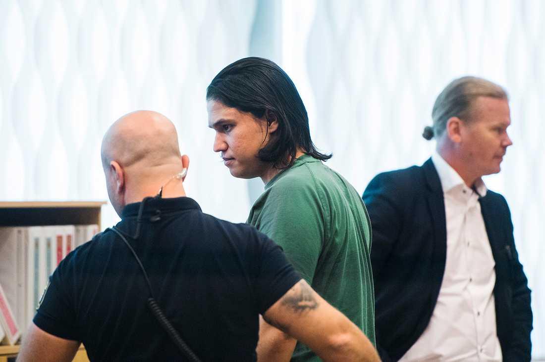 Tingsrätten menar att Johanna Möller och hennes tidigare pojkvän Mohammad Rajabi är gjort sig skyldiga till mord och mordförsök.