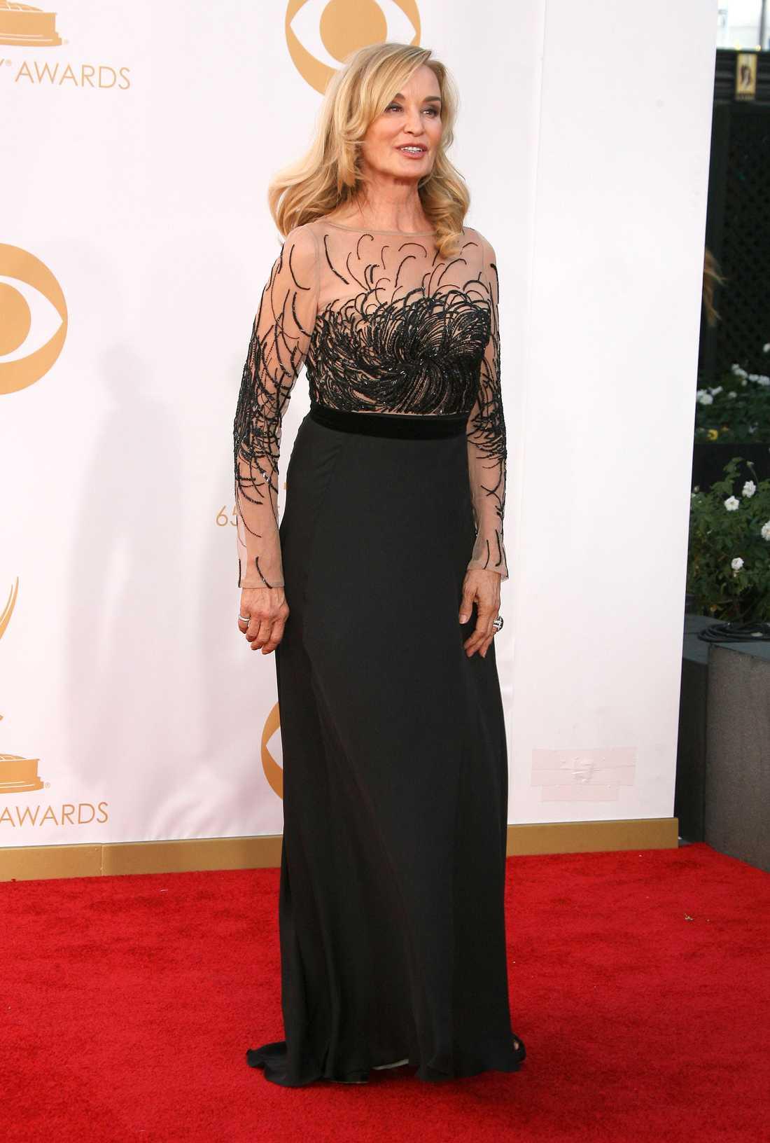 Jessica Lange Få valde långärmat men detta stiliga val från Escada var utsökt på Jessica Lange.