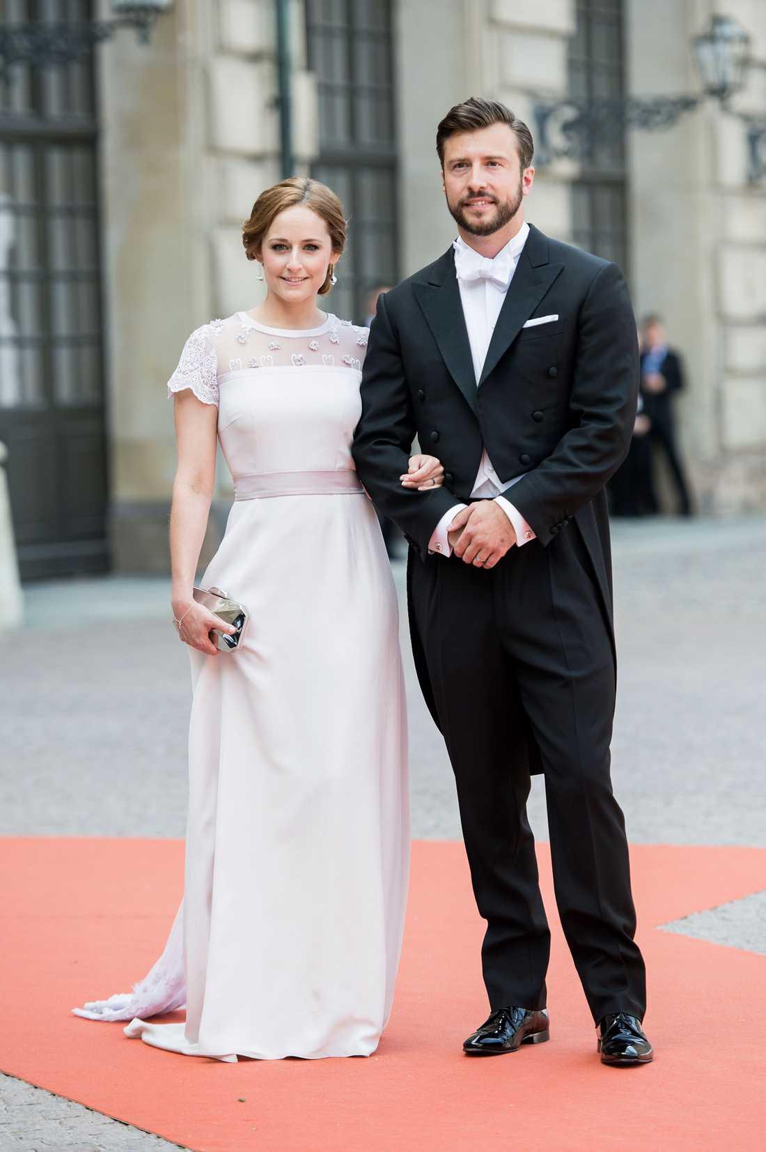 Prinsessan Sofias storasyster Lina med maken Jonas Frejd. Här på prinsparets bröllop i juni 2015.