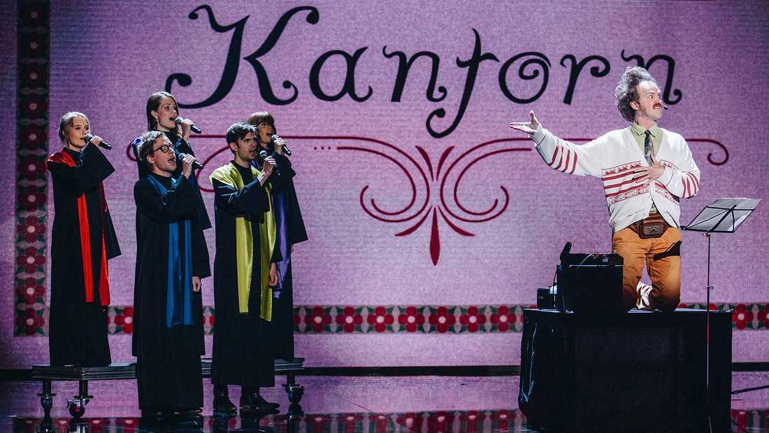 """Kantorn och kören körde Abba i semifinalen av """"Talang""""."""