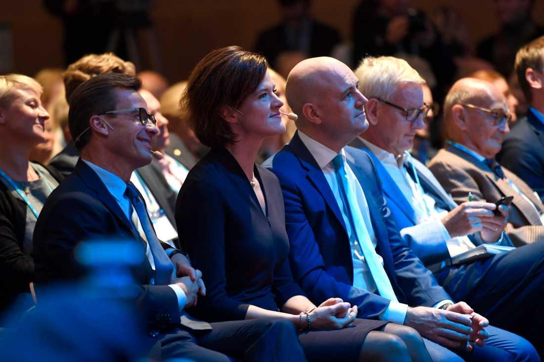 Ulf Kristersson, Anna Kinberg Batra och Fredrik Reinfeldt, Carl Bildt och Ulf Adelsohn på moderatstämman.