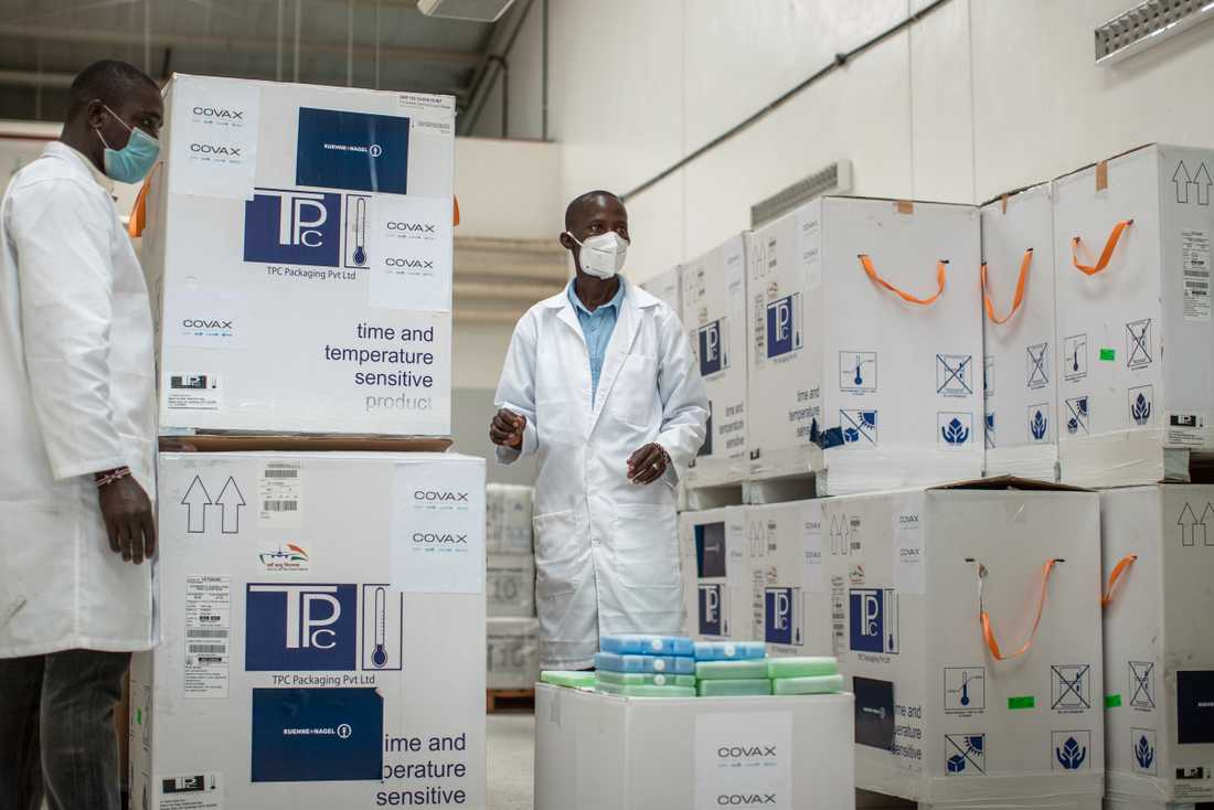 De första leveranser av Astra Zenecas vaccin anlände till Kenya i veckan.