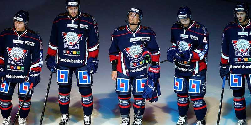 Magnus Johansson, mitten, är en av spelarna som kan lämna LHC.