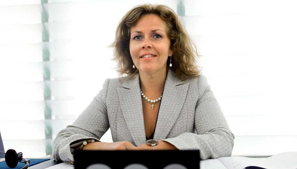 Cecilia Wikström, Folkpartiet