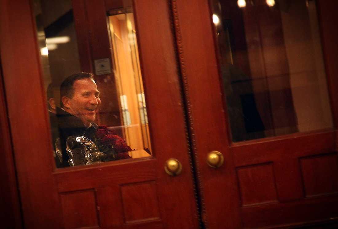 PUSTAR UT Efter en galen arbetsdag kan den nye S-ledaren andas ut i sin lägenhet i centrala Stockholm.