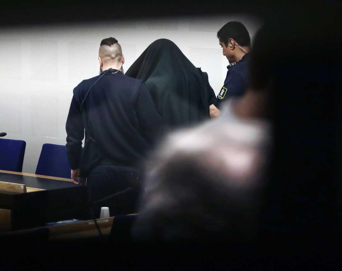 Mannen dömdes till sex års fängelse.