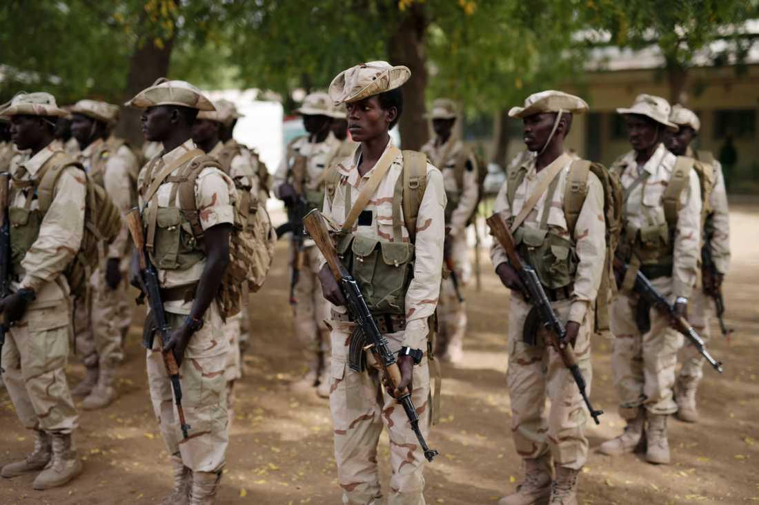 Soldater i Tchads armé. Högt uppsatta militärer inom armén har dömts för narkotikasmuggling. Arkivbild.