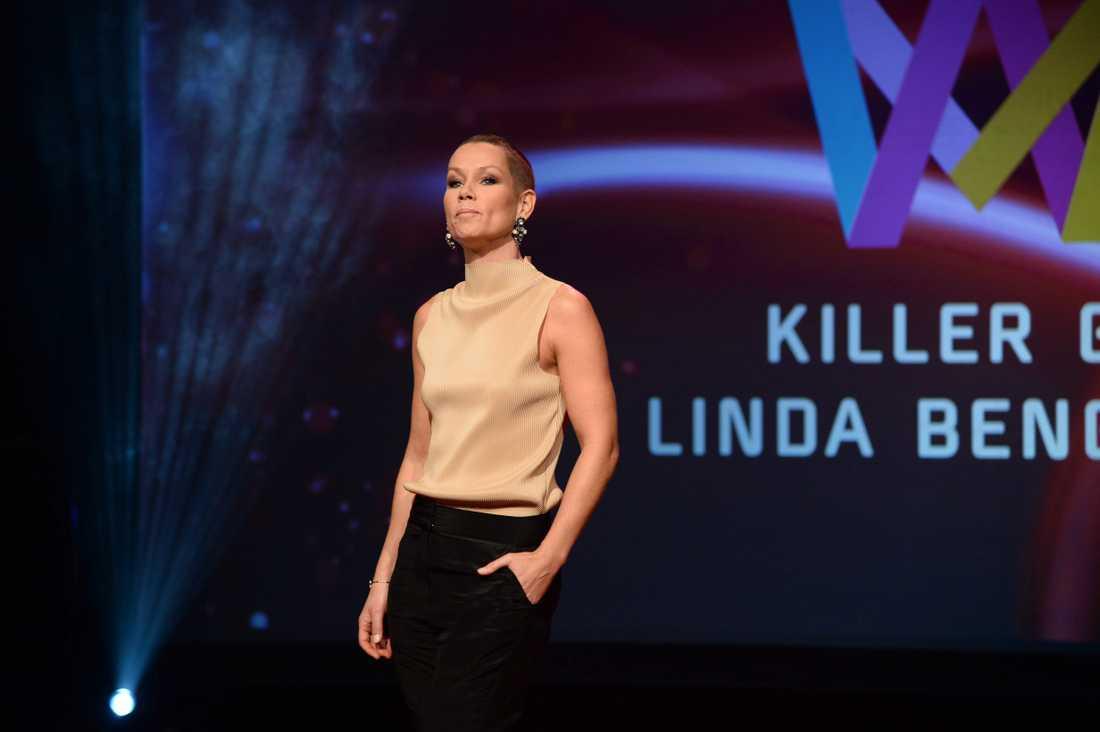 Schlagervana Linda Bengtzing tävlar på nytt, denna gång sjunger hon på engelska.