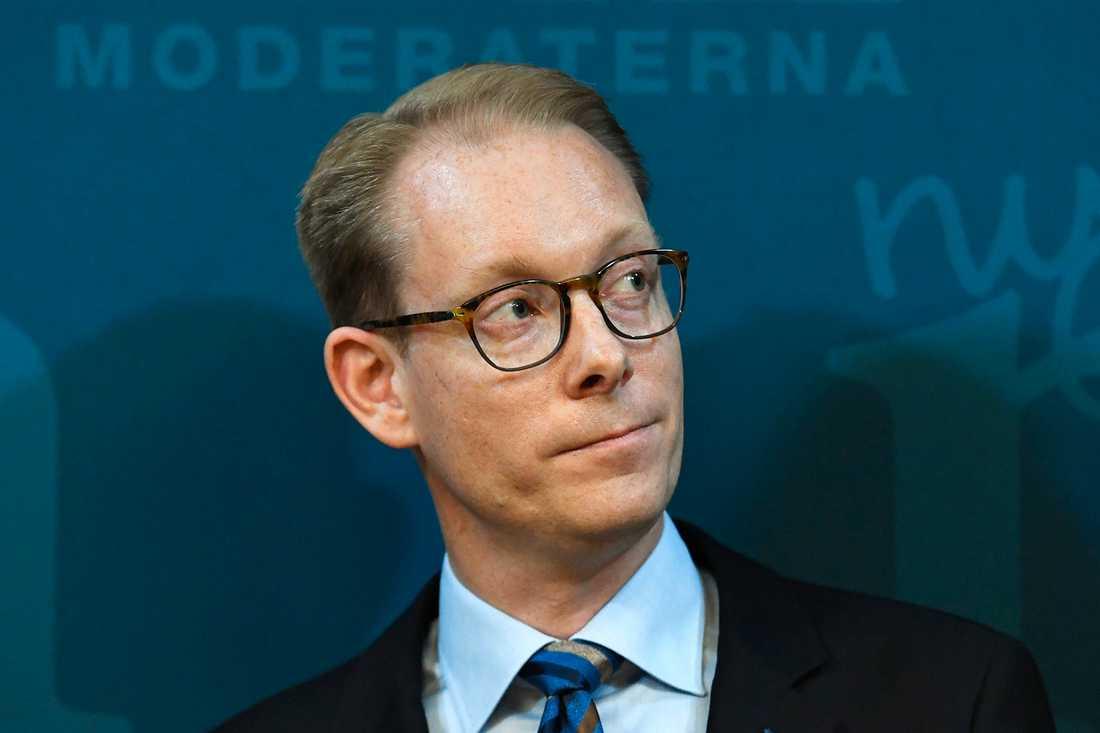 Tobias Billström (M).