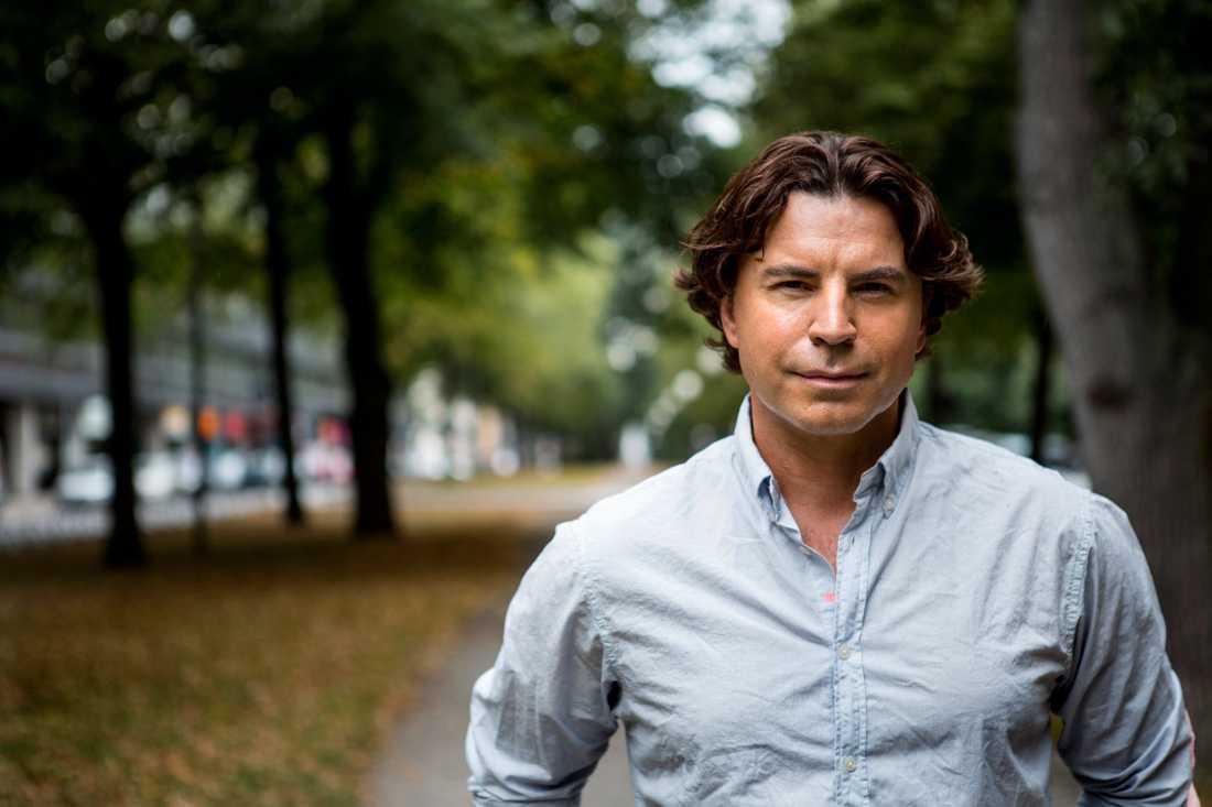 Jovan Radomir ska leda Melodifestivalen i Serbien.