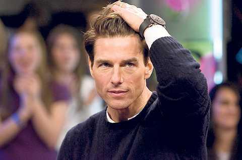 Slår tillbaka Tom Cruises advokat hotar att stämma Amy Scobee, författaren bakom en kommande skandalbok om stjärnan.
