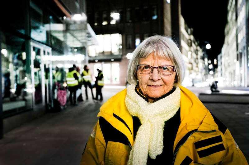"""Kallas för """"Ängeln"""" Elise Lindqvist är aktuell med boken """"Ängeln på Malmskillnadsgatan"""", en självbiografisk berättelse om sitt liv som beskriver vägen in i prostitutionen och vägen bort från gatan. På fredag gästar hon tv-programmet Skavlan."""