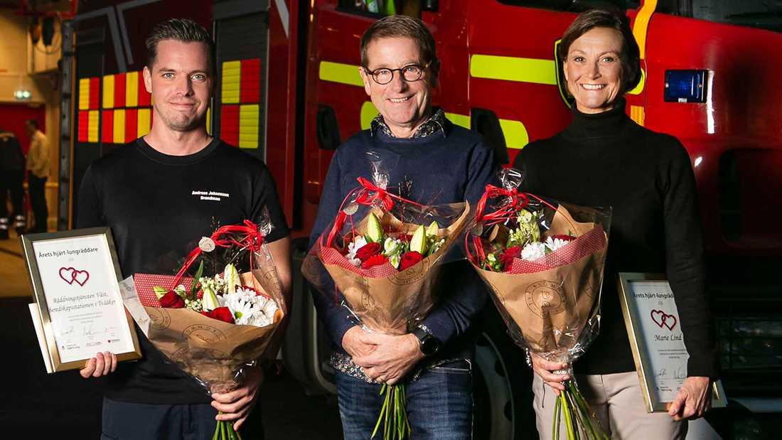 Brandmannen Andreas Johansson och bankmannen Marie Lind räddade tillsammans Karl-Fredrik Zimmerman som drabbades av plötsligt hjärtstopp bakom ratten.