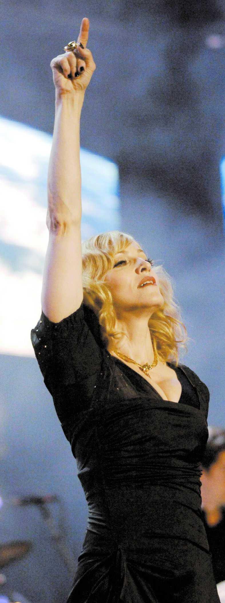 """Madonnas film """"Filth and wisdom"""" visas i Berlin."""