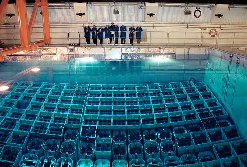 Mellanlagringsstationen i Oskarshamn. Här ska kärnbränslet lagras i 40 år innan det sedan ska slutförvaras nere i berget.