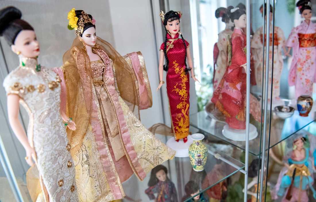 Barbiedockan har genom tiderna kommit i olika munderingar. Arkivbild.