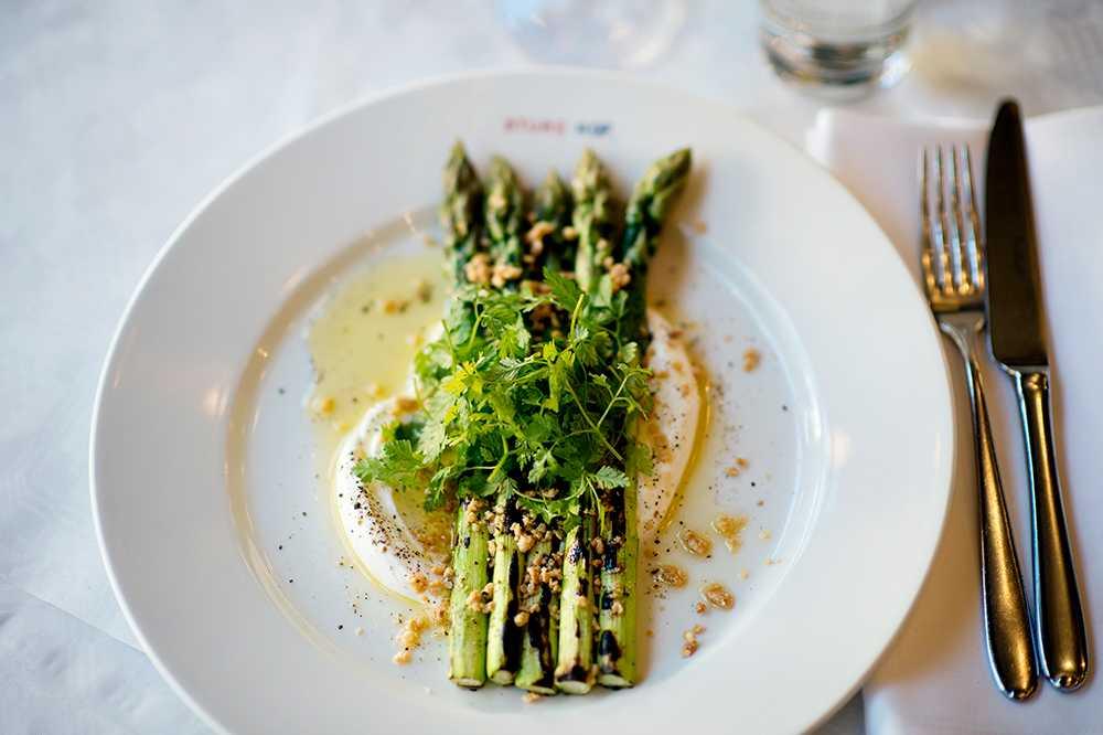 grön sparris recept