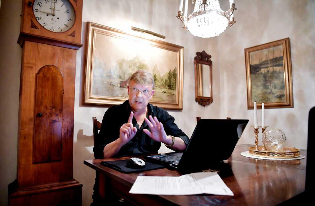 De boende ska tvingas hämta ut sina brev på ett kontor under vissa tider –något som Rolf Pettersson reagerar starkt mot.