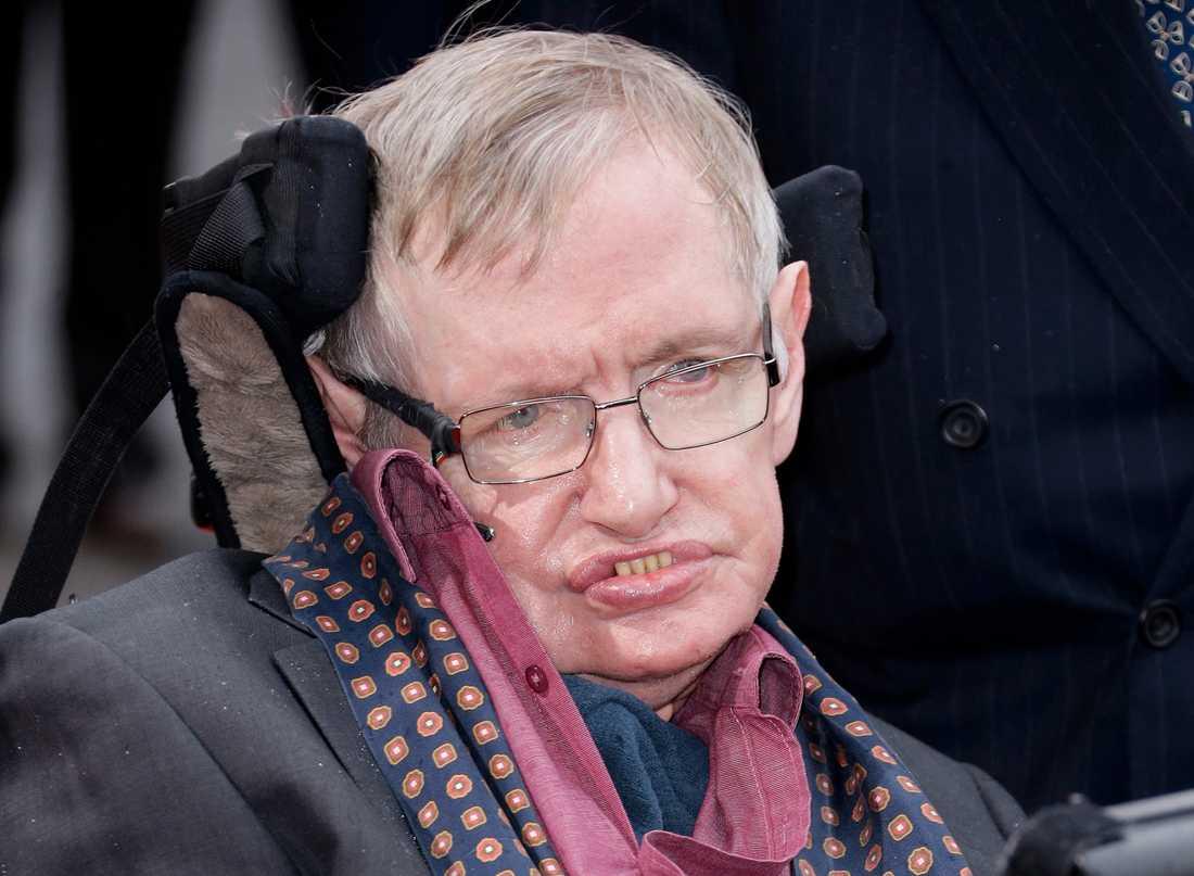 Stephen Hawking avled 14 mars. Bilden togs 2015.