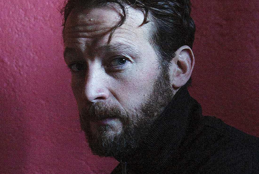 Nils Håkanson, (född 1975) är författare, översättare och förläggare.