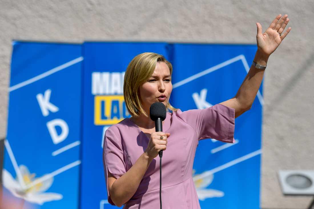 Kristdemokraternas partiledare Ebba Busch Thor möttes av många frågor om Lars Adaktusson (KD) och abortfrågan efter sitt torgmöte i Uppsala på onsdagen.