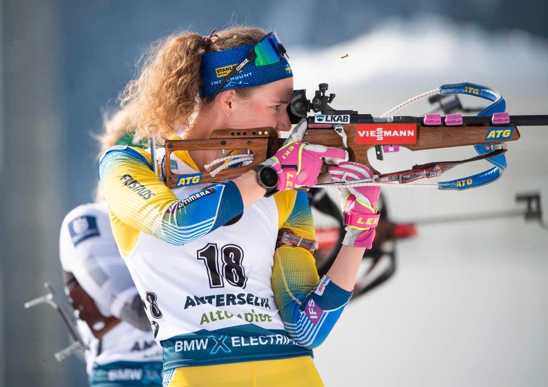 Enorma pengaregnet över Hanna Öberg efter VM-guldet