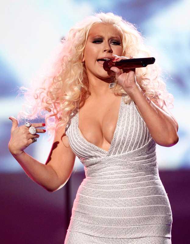 Aguilera.