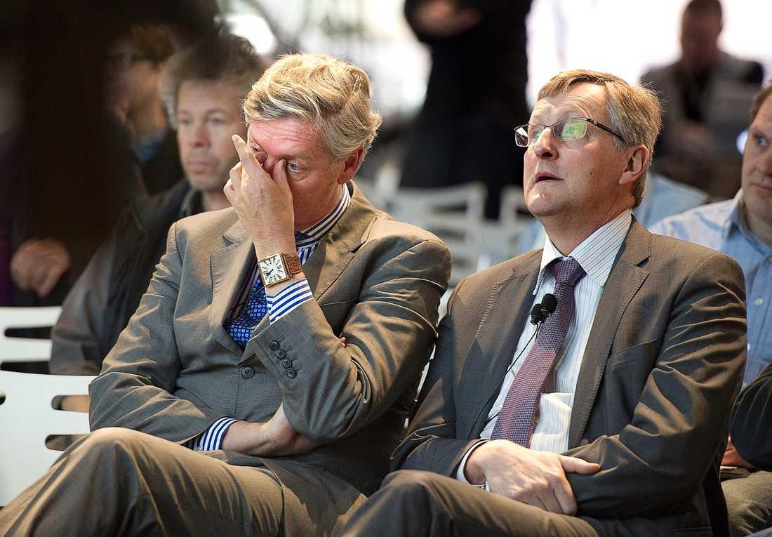 Hårt Pressade Saabs styrelseordförande Victor Muller och avgående vd Jan Åke Jonsson var på gårdagens pressträff för att presentera nya bilar. De senaste veckornas kaos var de inte lika intresserade av att prata om.